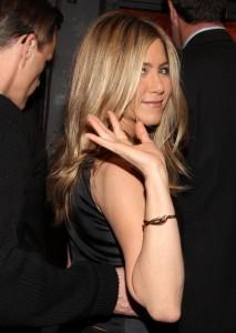 Jennifer Releasing Perfume Line